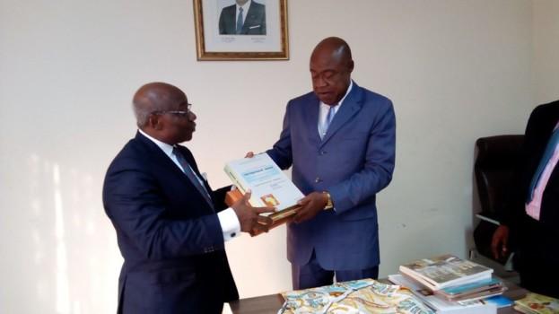 Le Secrétaire Exécutif du CERDOTOLA en audience chez le Ministre des Arts et de la Culture du Cameroun – MINAC